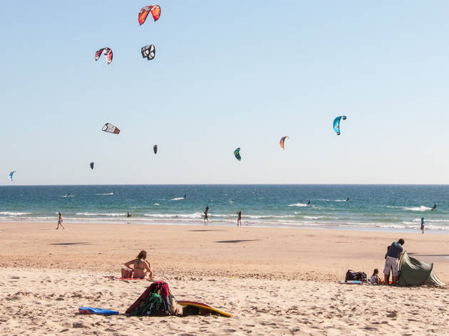 As melhores praias na Costa da Caparica