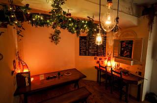 Uuto Cafe