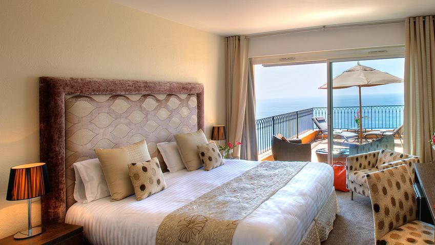 Best hotels Nice: Hotel La Pérouse