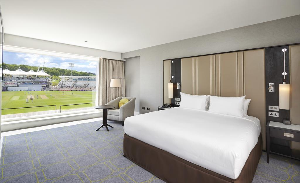 Best hotels Southampton: Hilton at the Ageas Bowl
