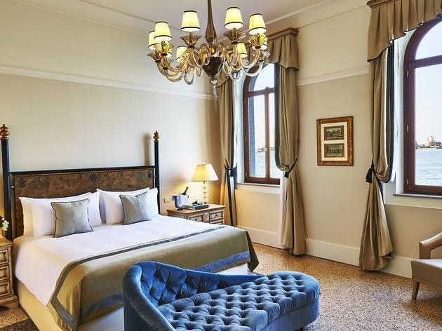 Best hotels Venice: Kempinski San Clemente Palace