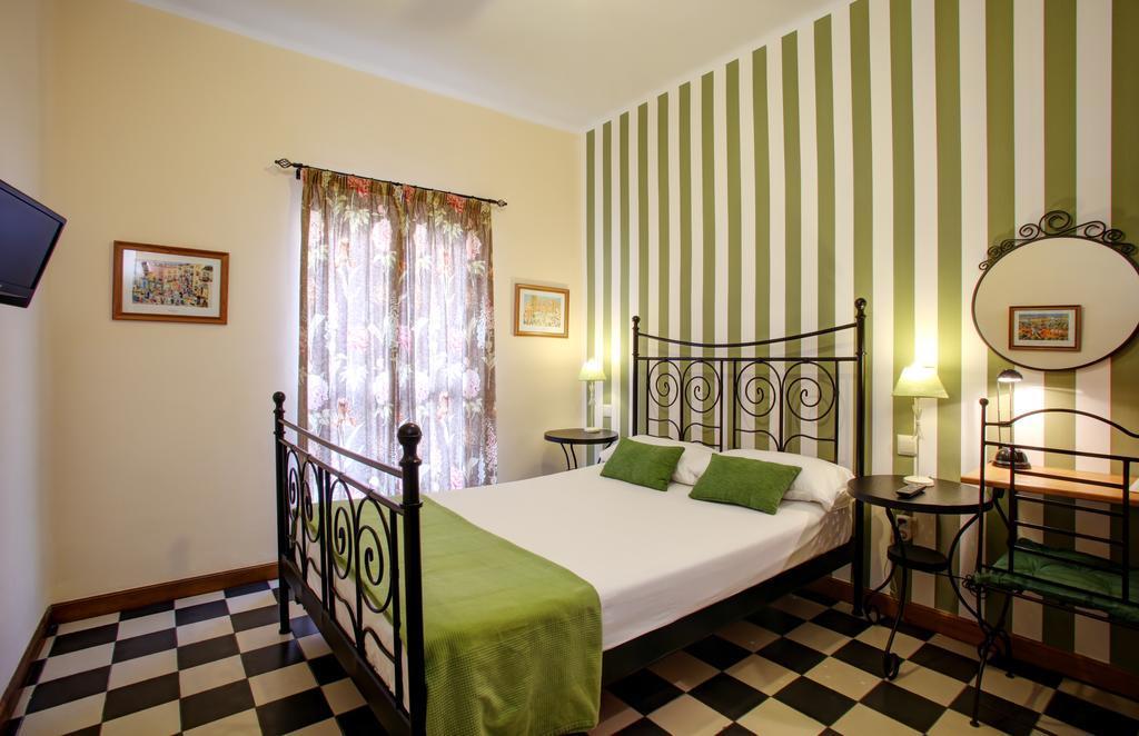 Cheap hotels Malaga: Malaga Lodge