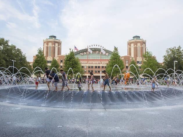 navy pier fountain