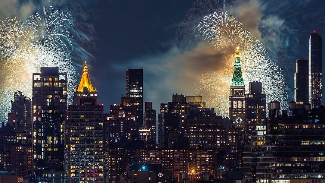 The best photos of the Fourth of July fireworks in NYC