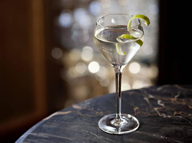 pina coladas london, lobby bar london edtion