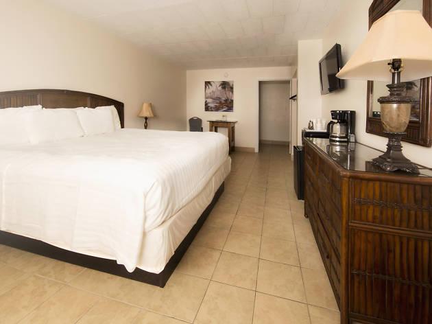 Oceans 2700 Hotel