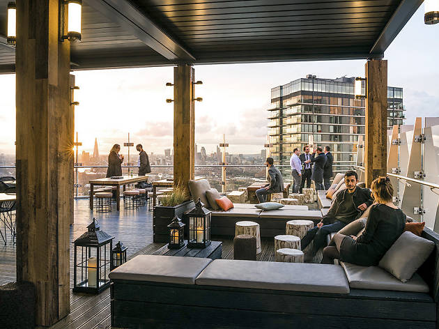 A 39th floor rooftop terrace has opened in Canary Wharf