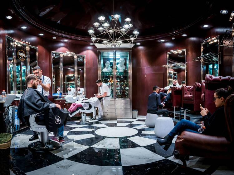 Barbería Capital Salón Inglés