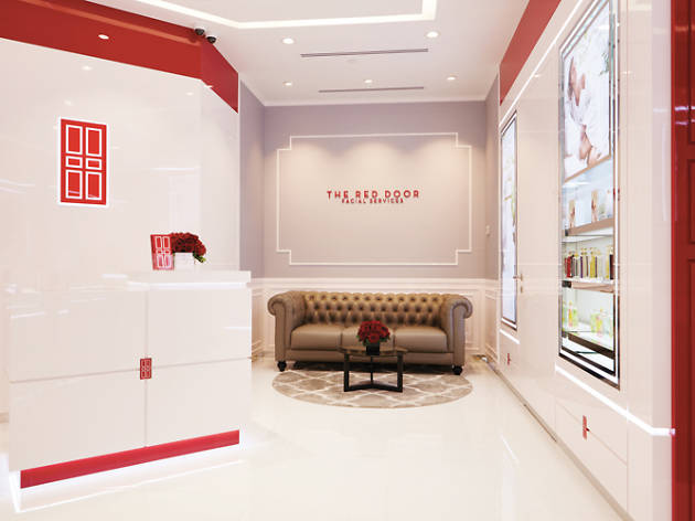 Elizabeth Arden Red Door Boutique