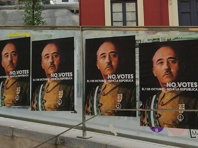 Què hi fan aquests misteriosos cartells de Franco per BCN? [FOTOS]