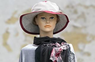 Generic mannequin with hat