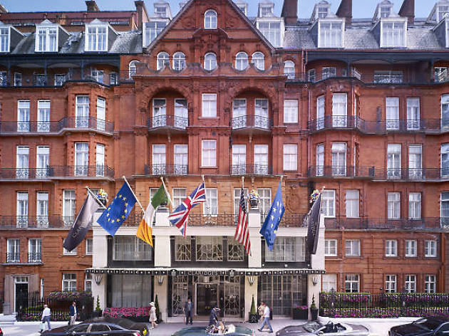 The best hotels near Buckingham Palace