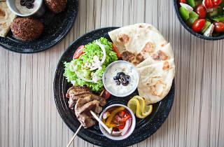 Kebab comida griega mediterranea comida barata económica