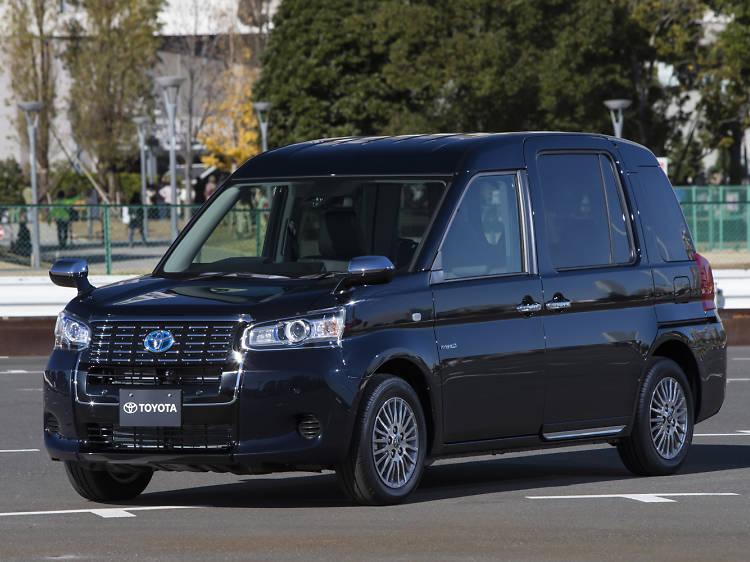 2017年度、本格運用するトヨタの次世代タクシー