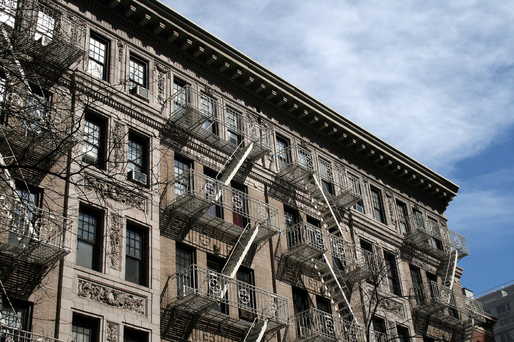 Protect yourself from shady landlords with these letter grades of NYC buildings