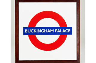 Buckingham Palace tube roundel (Royal Collection Trust)