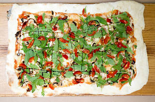 Hand Go - Pizza Vegetariana
