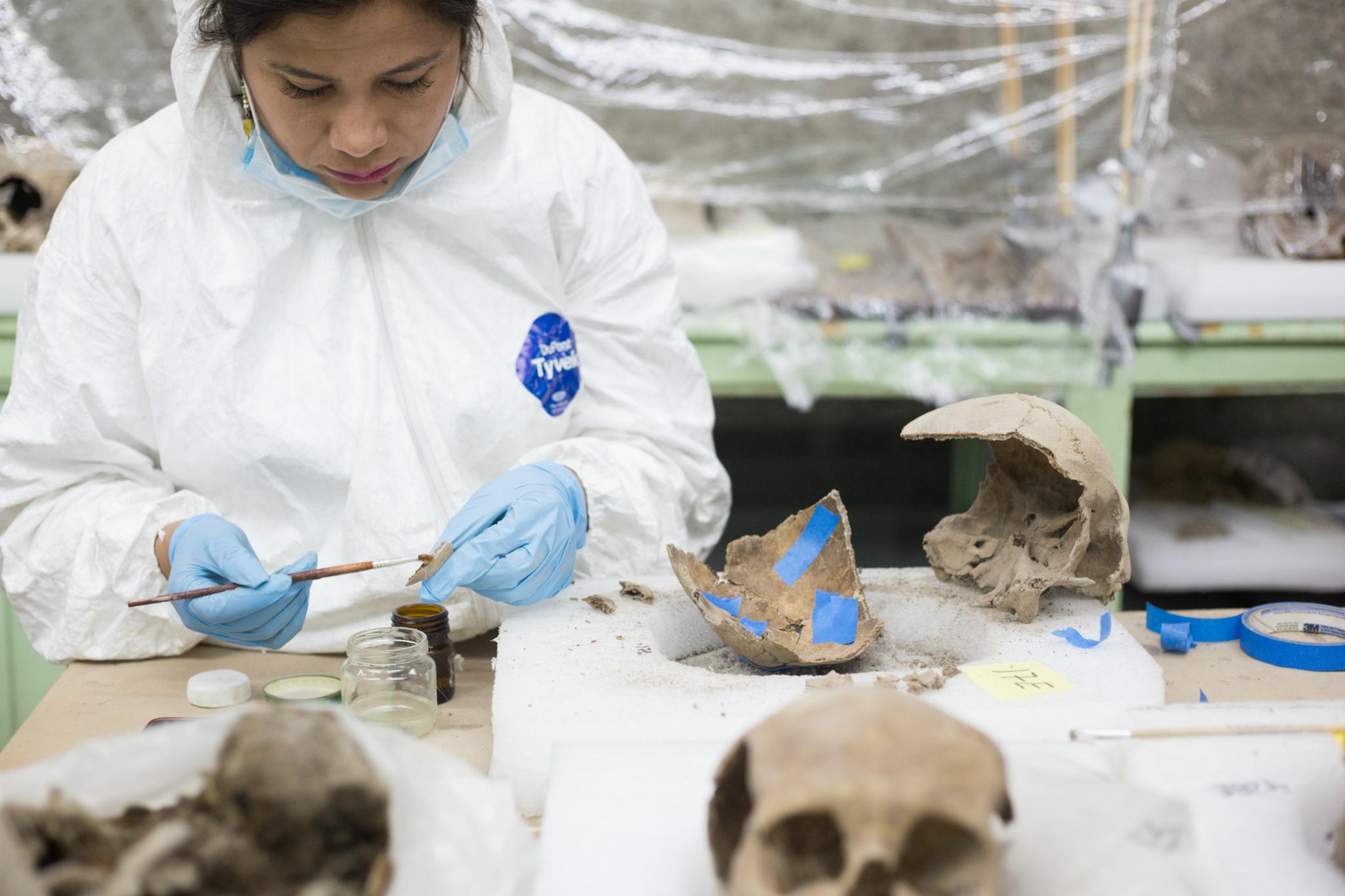 Arqueólogas en el Tzompantli