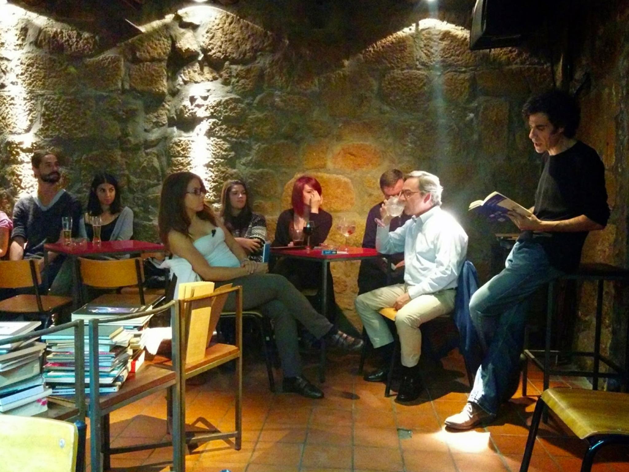 Pinguim Café - Sessão Poesia