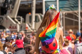 Més del 50% de les persones LGTBI no han sortit de l'armari a la feina