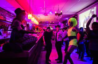 El pecado es un nuevo bar gay en el centro