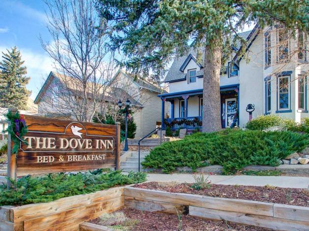 The Dove Inn Bed & Breakfast