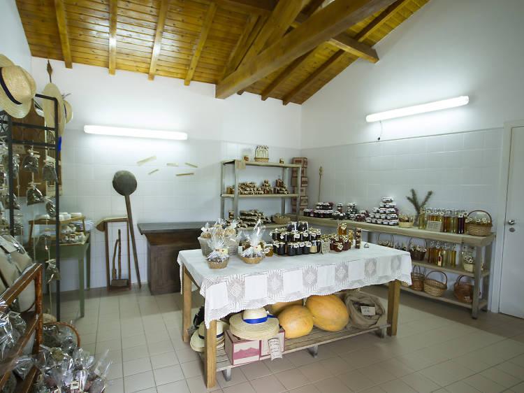 Compre produtos regionais na loja Sabores do Bosque