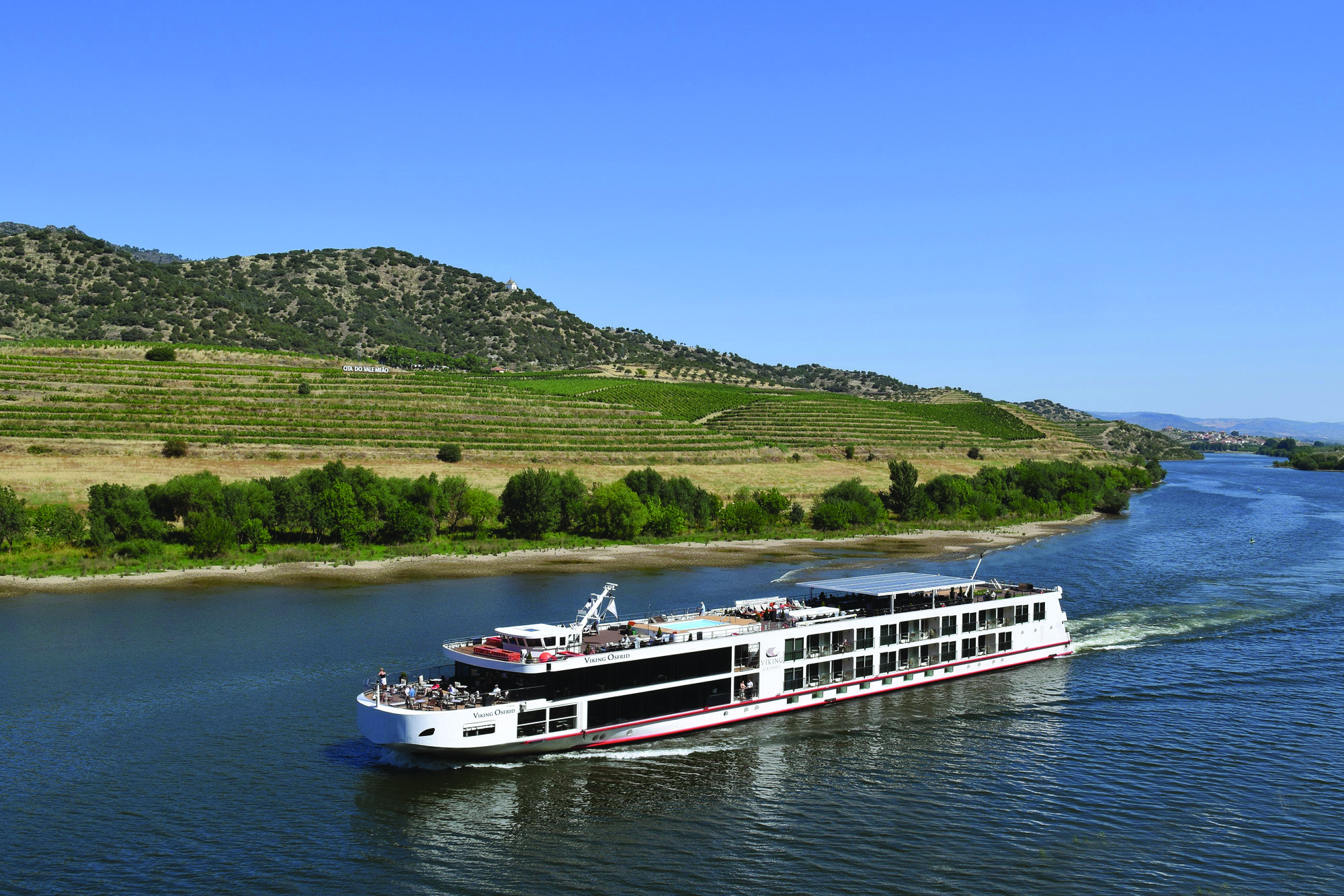 douro azul, floating hotel
