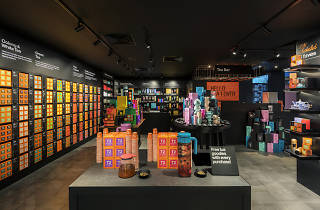T2 Tea ION Orchard retail store