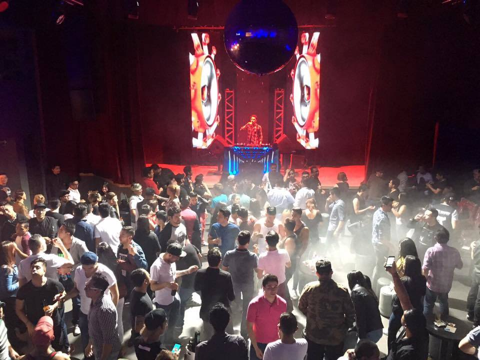 Hibrido Night Club