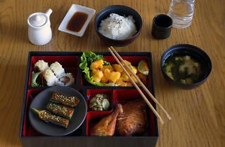 Sake express bento box