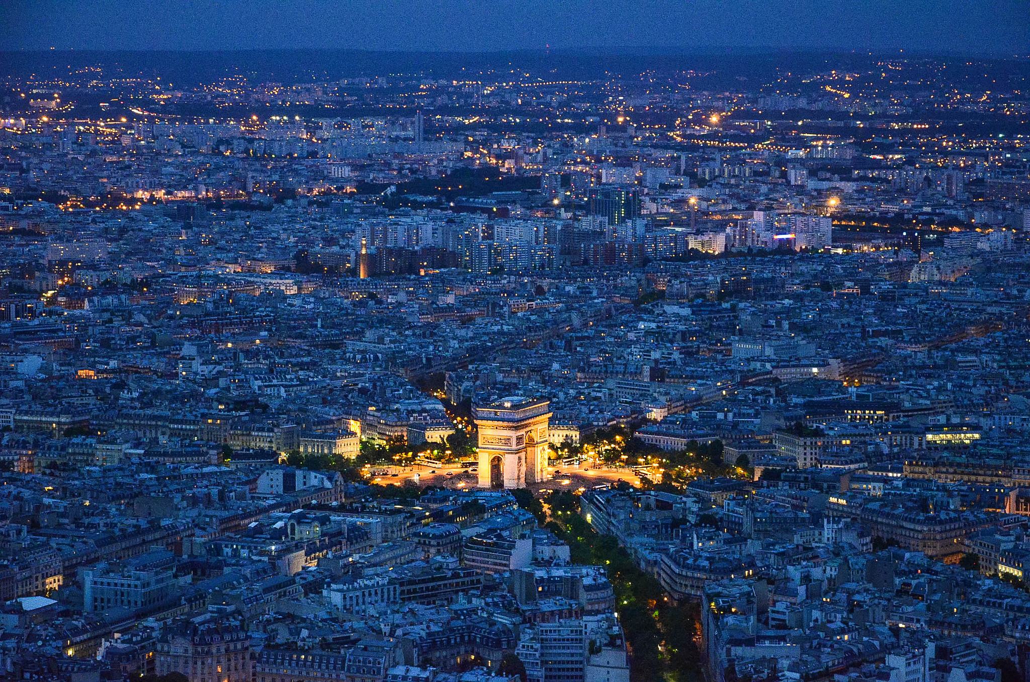 50 must-see attractions in Paris