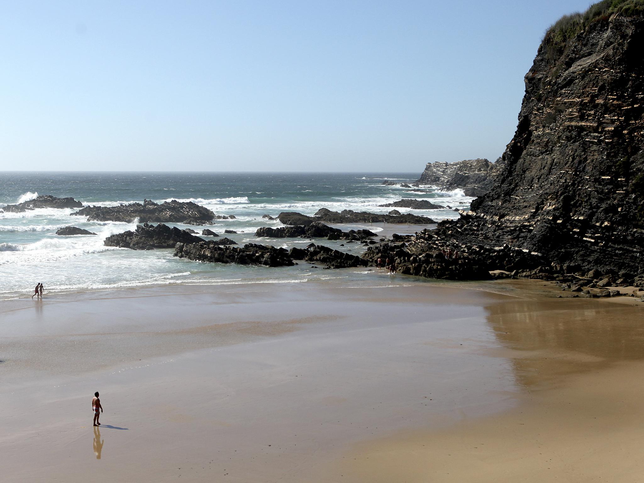 praia da pedra da bica