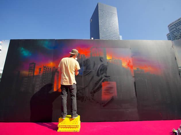 Parvis Défense Graffiti