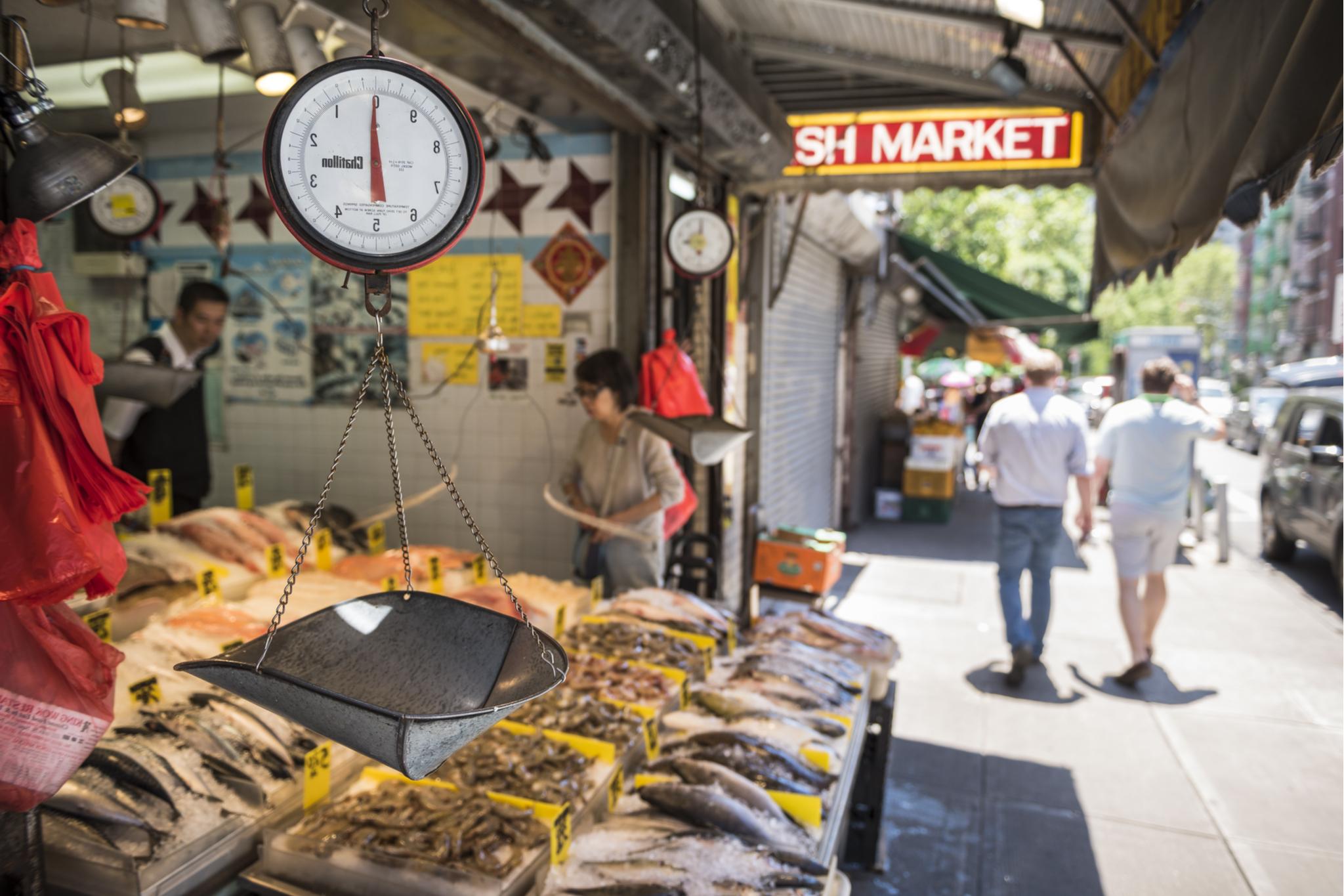 seafood market; fish; chinatown; nyc; new york