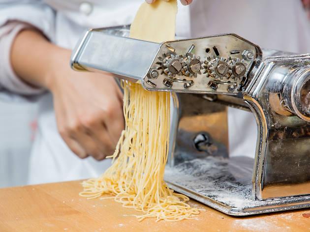 pasta; dinner; chef