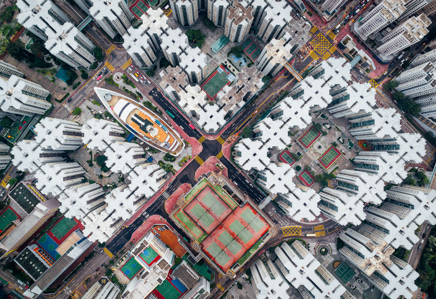 Andy Yeung: Walled City #08