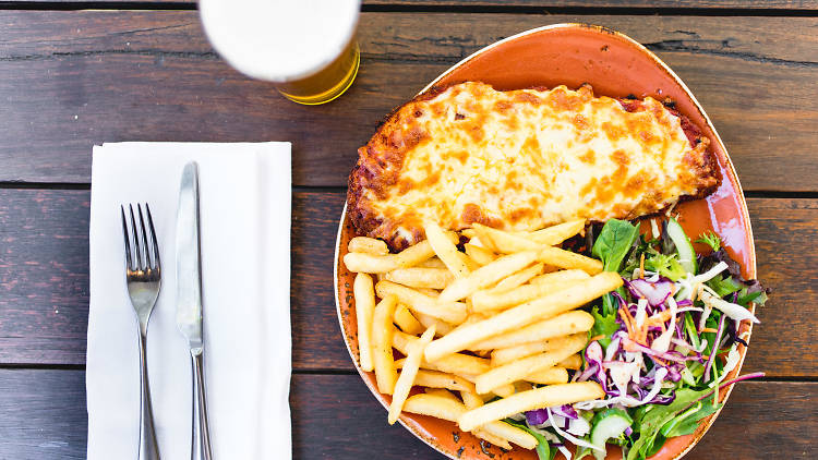 A parma and a pot of beer at the Duke of Wellington pub in Melbourne