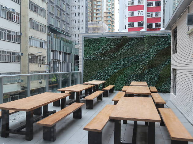 11 westside construction outdoor seating