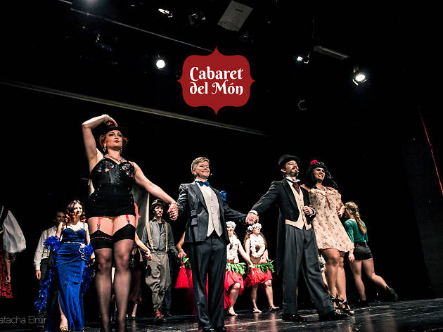 Cabaret del Món multicultural variety show