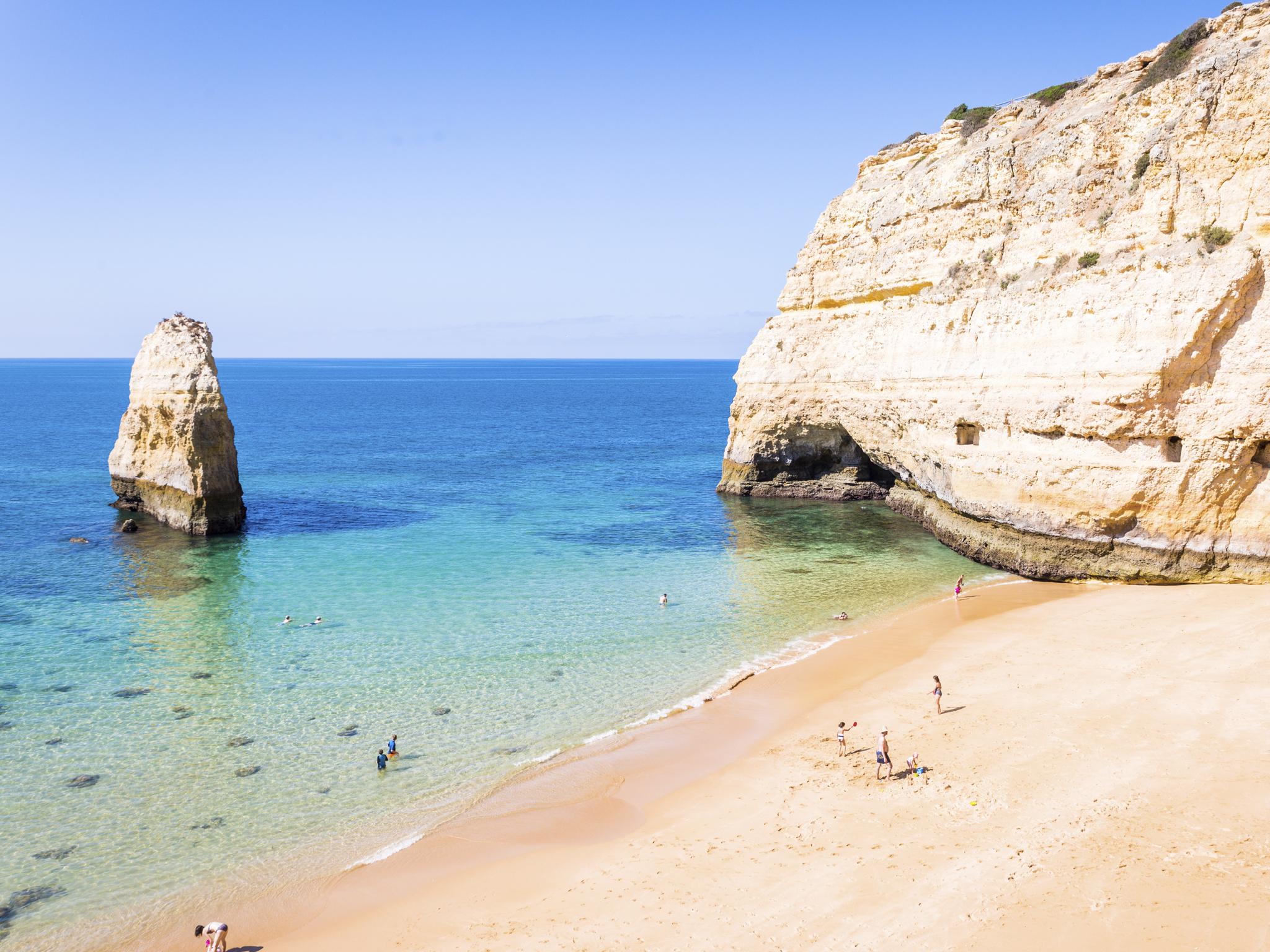 As melhores praias no Algarve para este Verão