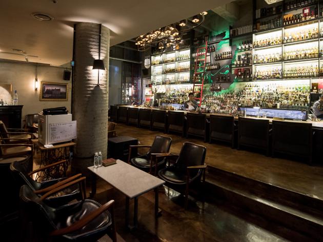 PAVOX Bar, the classy whisky spot in Haeundae
