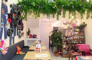 Netsepia Fashion Café