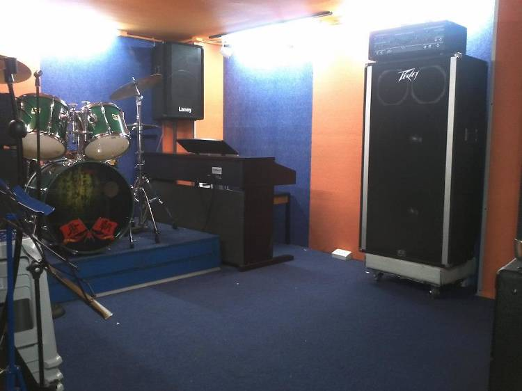 Camel Music Store