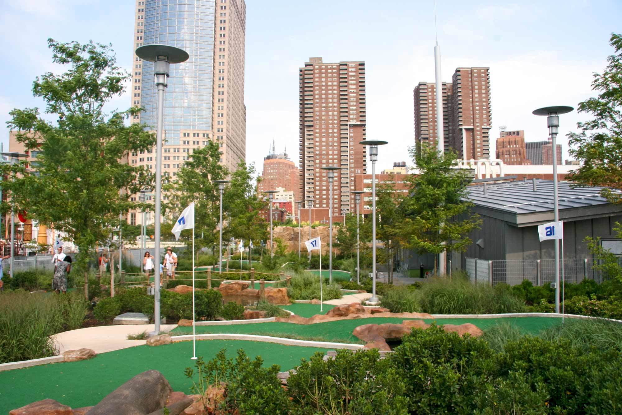Fore! It's time for a game or two of mini golf, NYC!