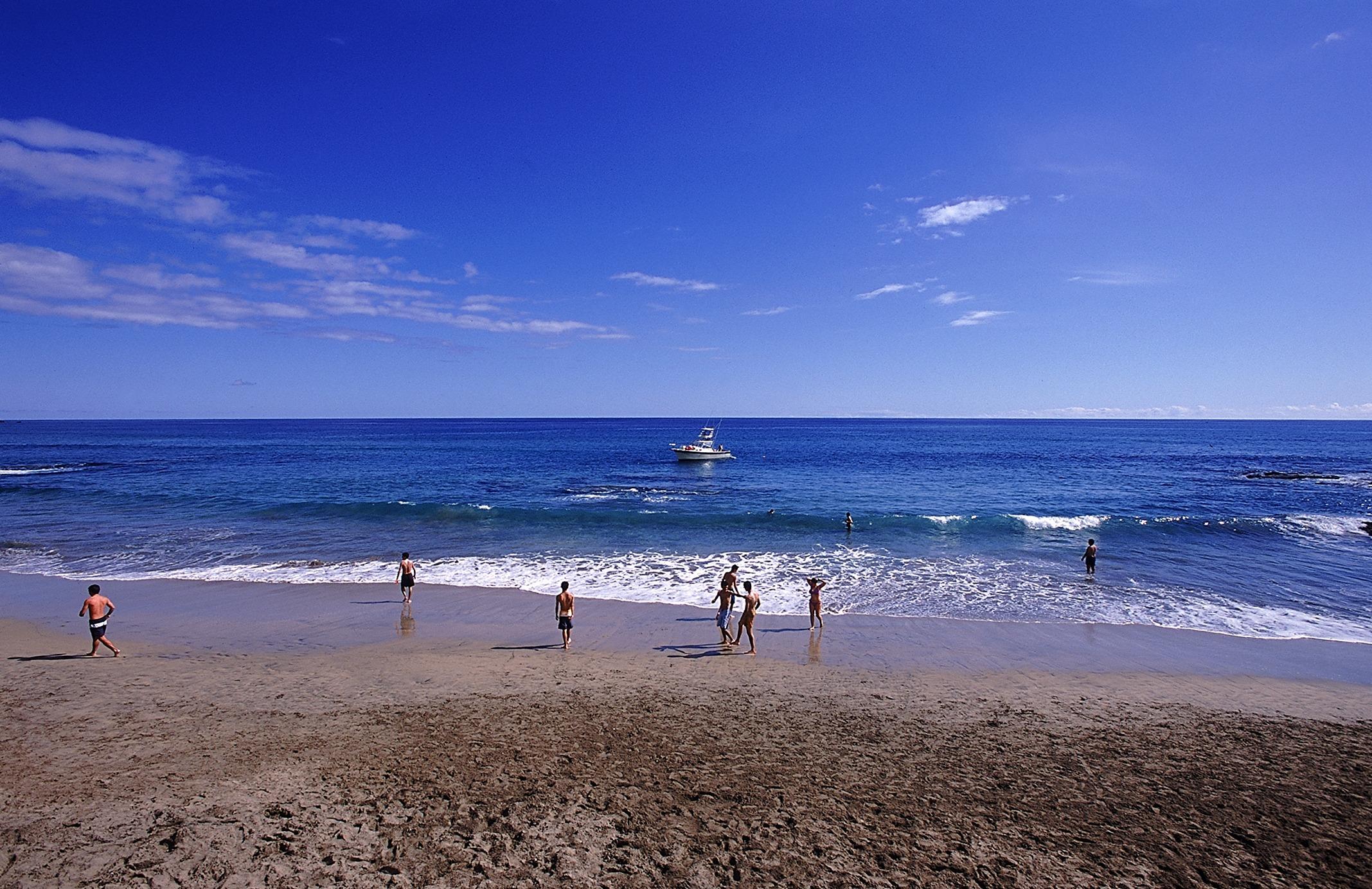 Mergulhe numa praia de areia branca