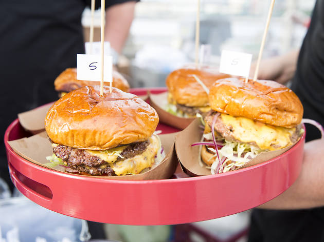 And the winner of Battle of the Burger is…
