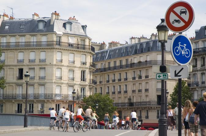 Heart of Paris bike tour