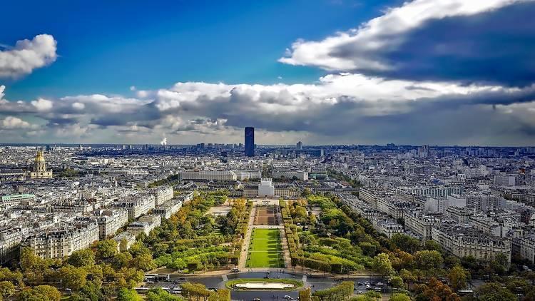 Paris helicopter tours