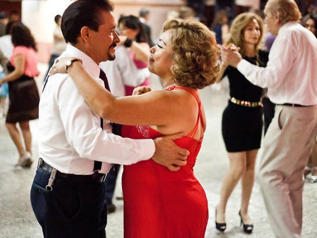Dónde Bailar Salsa Merengue Y Cumbia En La Ciudad De México